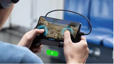 Anker ra mắt bộ điều khiển trò chơi PowerCore Play 6K kiêm quạt tản nhiệt và pin sạc dự phòng